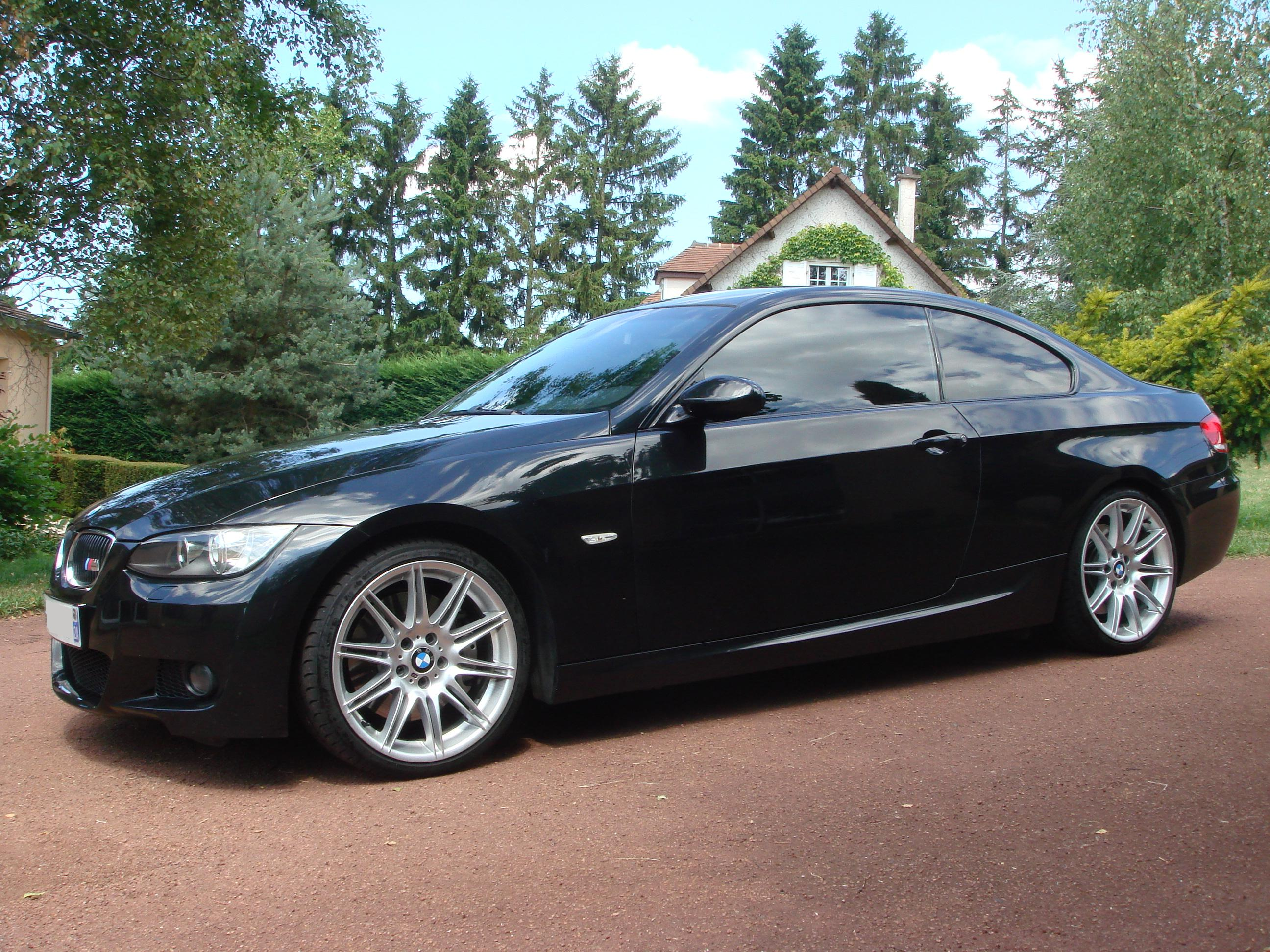 Hilaire garage bmw s rie 3 330d coupe gps xenon for Garage bmw bayonne occasion